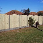 Arched Wooden Panel Fence – Eastwood Nottingham